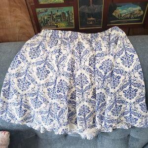 Blue and white floral Francesca's skirt